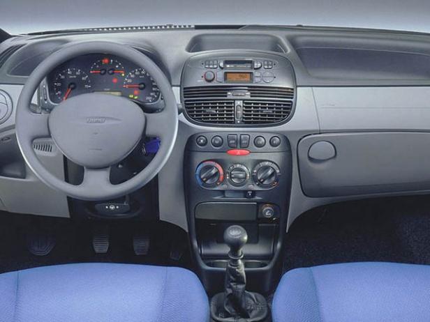 Fiat Punto II Wnętrze