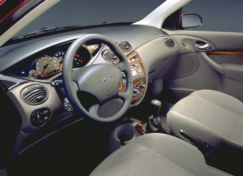 Ford Focus Mk1 Wnętrze