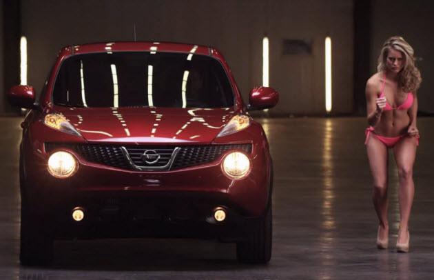 [Obrazek: Nissan-Juke-vs-modelka.jpg]