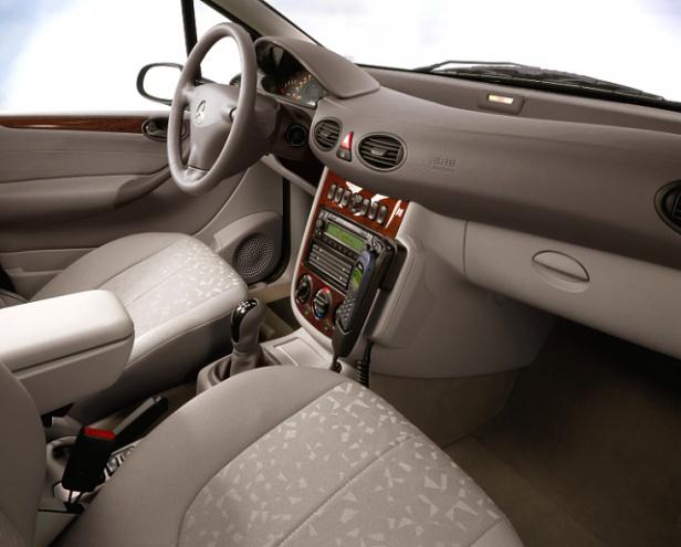 Mercedes klasy AWnętrze