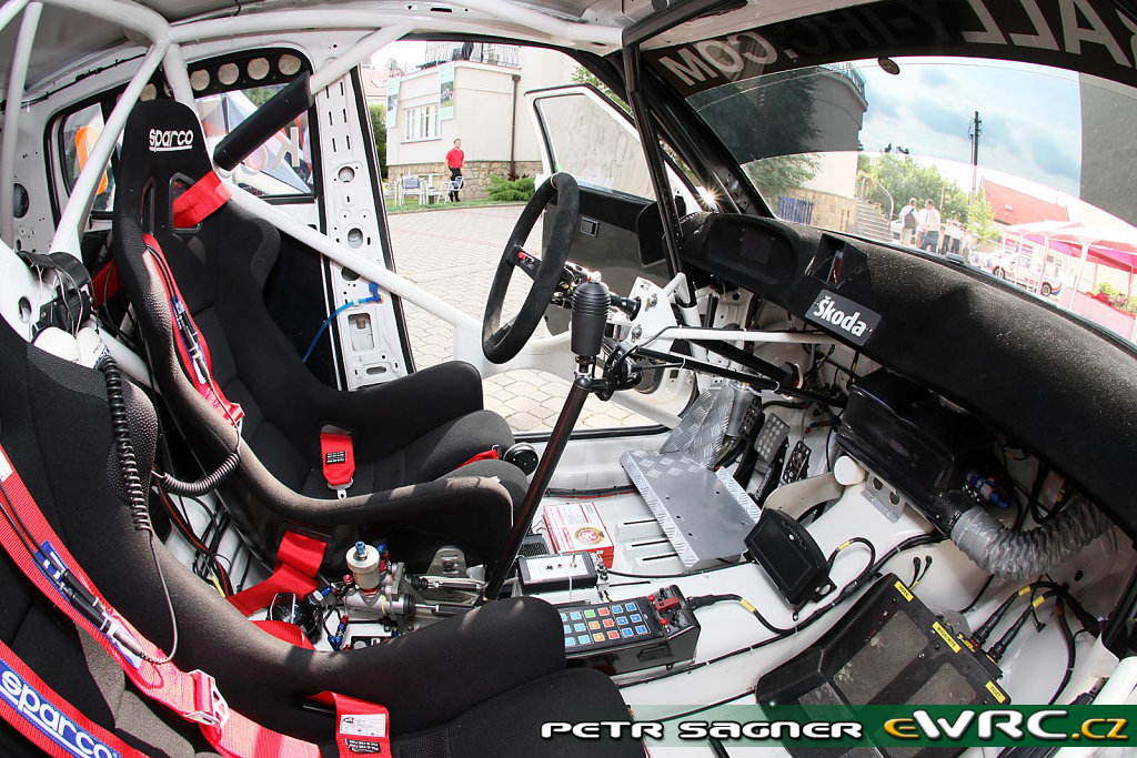 Interior De Autos De Carreras Autos Y Motos En Taringa