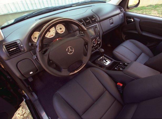 Mercedes-Benz ML55 AMG Wnętrze