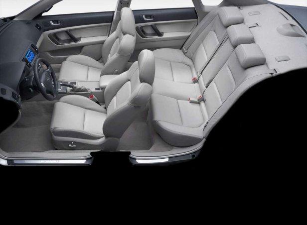 Subaru Legacy Wnętrze