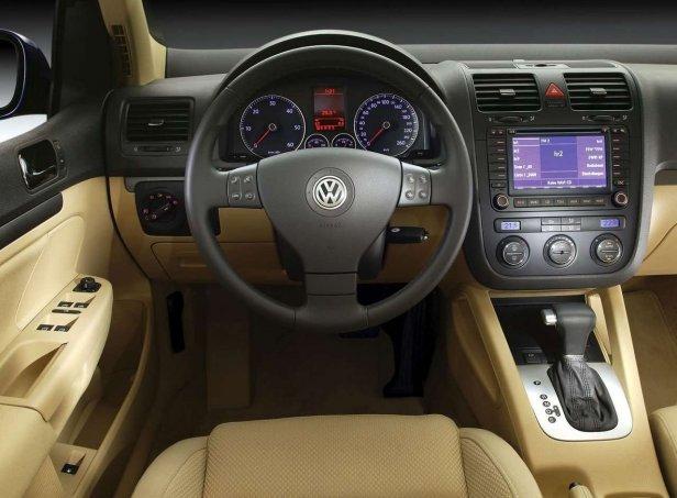 Volkswagen Golf V Wnętrze