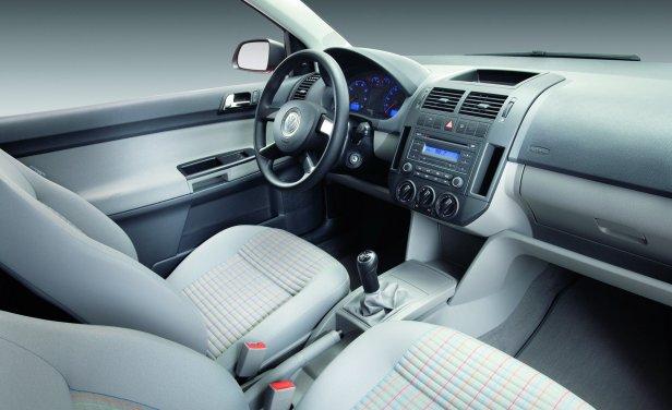 Volkswagen Polo 9N FL Wnętrze