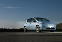 Nissan Leaf zdobywa tytuł Car of the Year 2011!