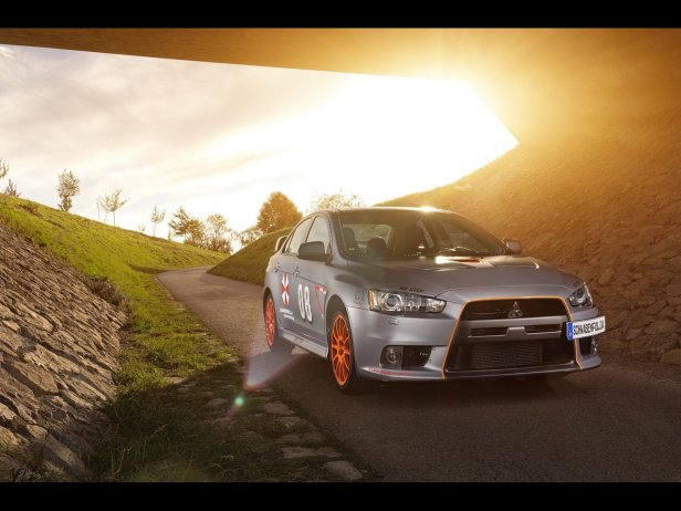 SchwabenFolia Lancer Evolution X Stealth Fighter fot.1 - Podstępny wojownik – SchwabenFolia Lancer Evolution X Stealth Fighter (2013)