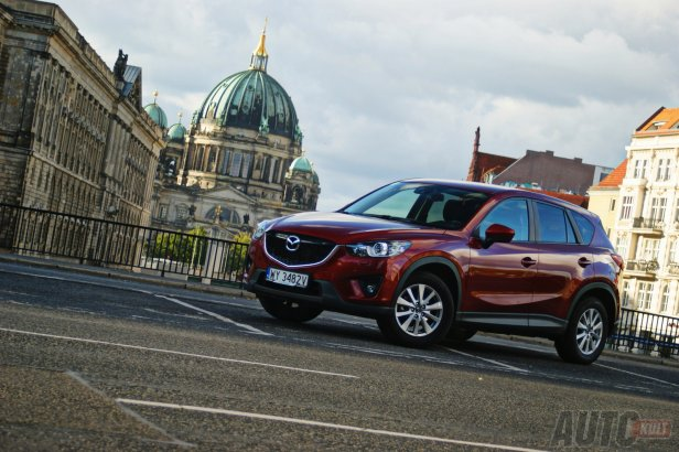 Mazda CX-5 - Mazda zarabia pierwszy raz od piciu lat