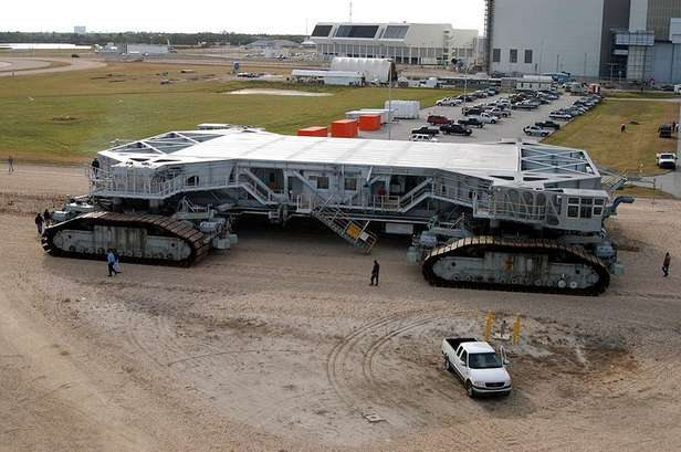 Crawler-transporter (Fot. Wikimedia Commons/NASA)