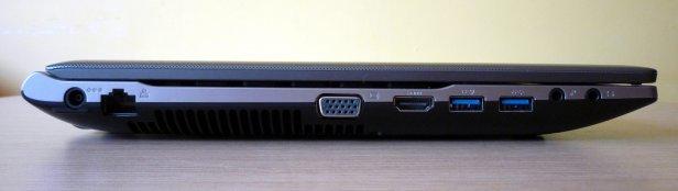 Samsung 550P5C - ścianka lewa (zasilanie, LAN, VGA, HDMI, 2 x USB 3.0, 2 x audio)