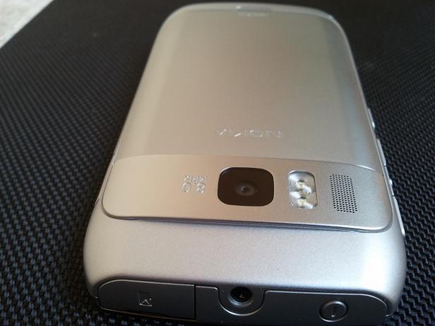 Nokia E6 - aparat