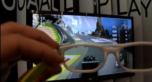 LG Dual Play - Fot. YouTube