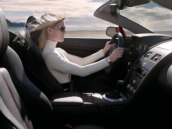 Kobiety jeżdżą bezpieczniej – raport