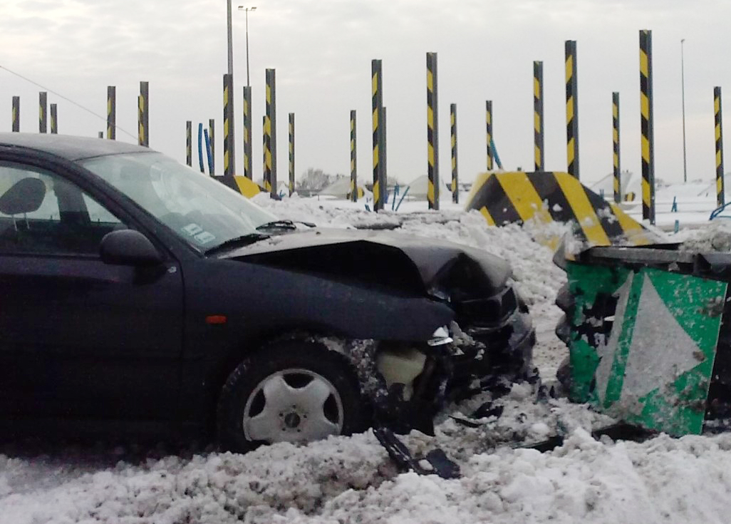 Czy zawsze trzeba wzywać policję i pogotowie na miejsce kolizji lub wypadku?