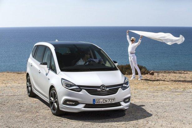 nowy-opel-zafira-tourer–696113d,0,750,0,0 - Opel Zafira przechodzi kurację odmładzającą