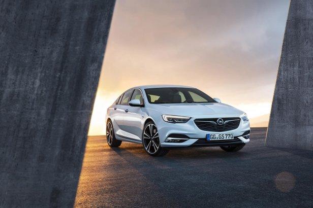 Opel-Insignia-Grand-Sport-304400 - Debiutuje nowy Opel Insignia Grand Sport